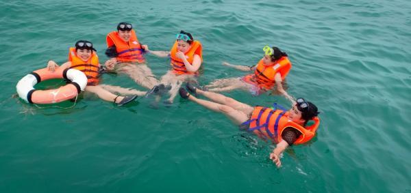Du Lịch PHú Quốc với tua trọn gói Câu CÁ- Lặn ngắm san hô với giá cực rẻ...!!! 0